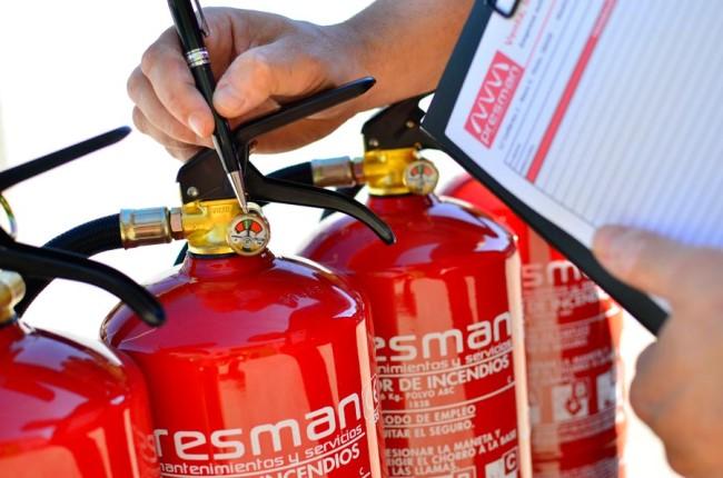 revisión de extintor de incendios